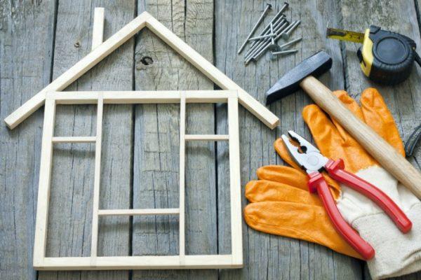 Инструменты для строительства домика