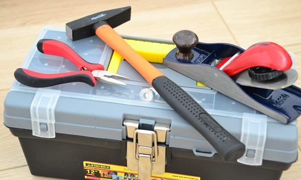 Ящик с инструментами для работы