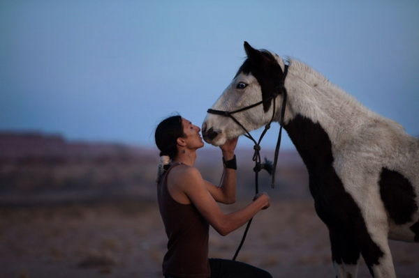 Индеец с пятнистым конем