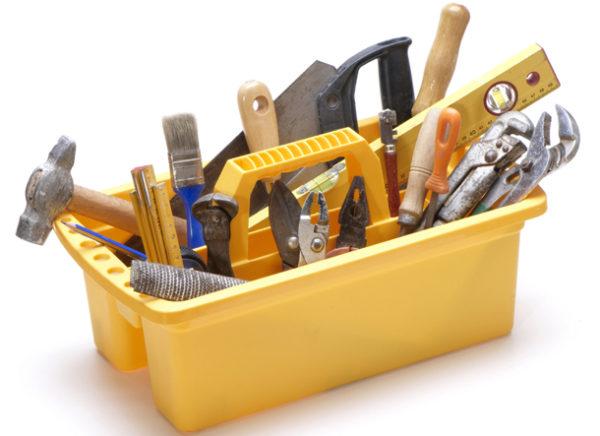 Лоток с необходимыми инструментами