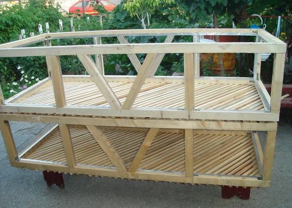 Самодельная двухъярусная конструкция
