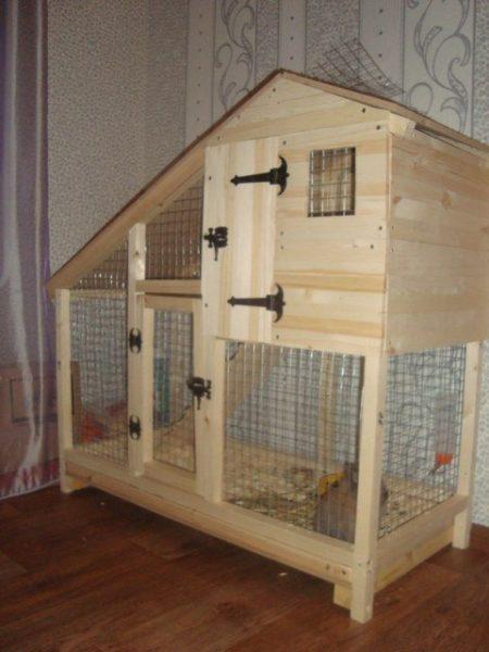 Красивый домик для декоративного кролика