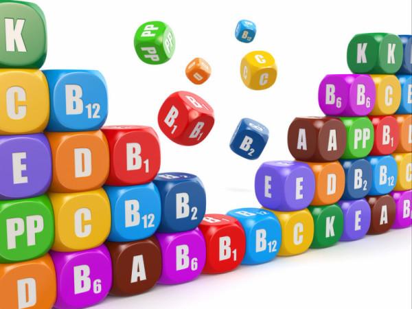 Разноцветные кубики с витаминами